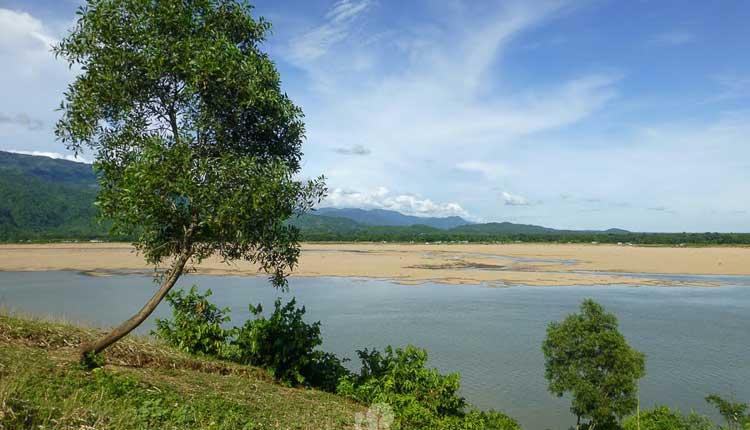 যাদুকাটা নদী